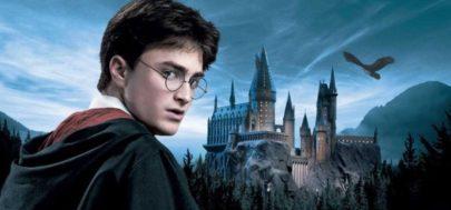 Fãs de Harry Potter celebram volta às aulas de Hogwarts