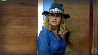 """""""A Fazenda"""": Ana Paula Renault ameaça deixar o reality e produção reage"""