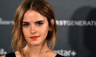 Emma Watson nova Mulher-Maravilha? Atriz aparece com uniforme da heroína