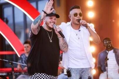 """Felipe Araújo divulga clipe do single """"Atrasadinha"""", em parceria com Ferrugem"""