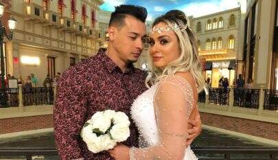 Juju Salimeni e Felipe Franco renovam votos de casamento em Las Vegas