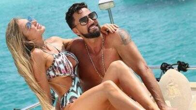 """Latino admite que briga por ciúmes com a noiva, Jéssica Rodrigues: """"Sempre fui inseguro"""""""