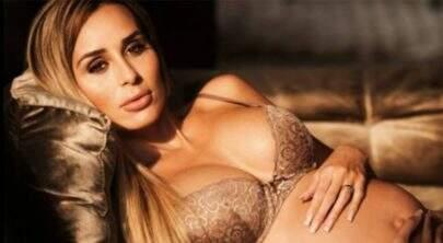 Prestes a dar à luz, ex-BBB Letícia Santiago faz ensaio fotográfico