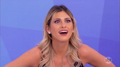 """Lívia Andrade rebate comentário de mulher que a chamou de """"rodada"""" ao vivo"""