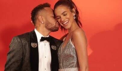 Bruna Marquezine se pronuncia após boatos de término com Neymar