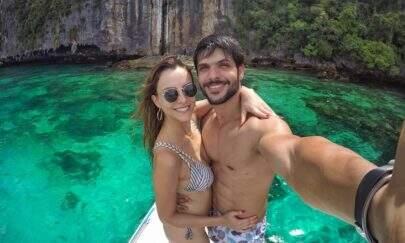 """Sem Ana Lucia saber, ex-BBB Lucas Fernandes posta foto da noiva de lingerie: """"Ela vai me matar"""""""