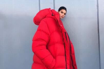 """Kendall Jenner usando """"jaqueta gigante"""" vira meme nas redes sociais"""