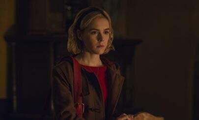 """Vídeo dos bastidores de """"O Mundo Sombrio de Sabrina"""" mostra novas cenas da série"""