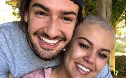 """Alexandre Pato relembra luta da irmã contra câncer de mama: """"É um exemplo"""""""