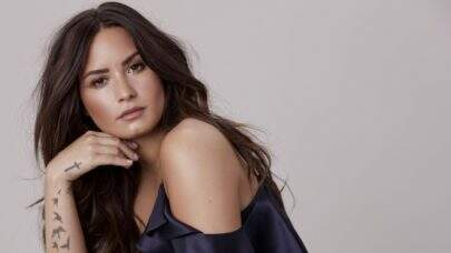 """Tell Me You Love Me"", disco de Demi Lovato, completa 1 ano e bate recorde"