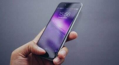 Apple erra e iPhone antecipa o relógio para o horário de verão