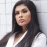 """MC Pocahontas posa de maiô cavadíssimo e fã dispara: """"Kim Kardashian, é você?"""""""