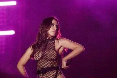"""Anitta reclama de seu corpo na web: """"Não queiram olhar"""""""