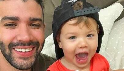 """""""Um amor sem tamanho"""", declara Gusttavo Lima ao filho mais velho, Gabriel"""