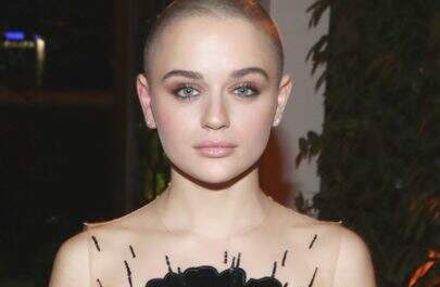 Joey King sofre preconceito por estar careca e desabafa
