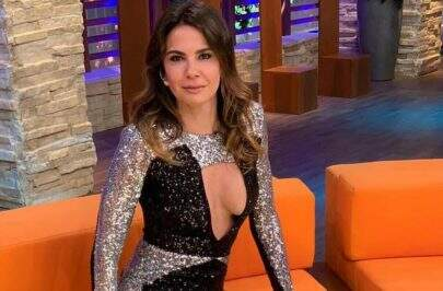 Bem ousada, Luciana Gimenez rouba a cena com vestido bem transparente