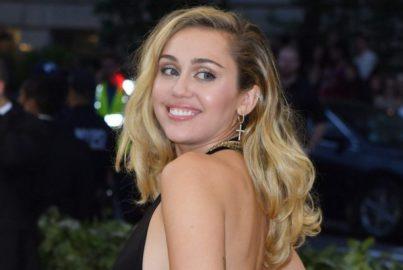 Ela está voltando! Miley Cyrus anuncia nova música para esta semana