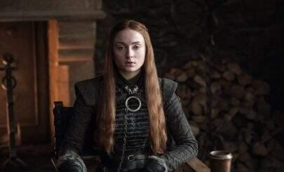 """Sophie Turner quase perdeu todo cabelo por causa de """"Game of Thrones"""""""
