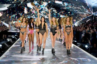 As angels chegaram! Vem ver os looks do Victoria Secrets Fashion Show deste ano