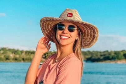 Ex-BBB Vivian Amorim diz que toparia sexo a três para não perder namorado