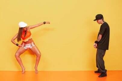 """Anitta e Kevinho viram capa de revista dos anos 2000 para divulgar nova música: """"Terremoto"""""""