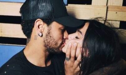 """Neymar quebra silêncio e manda mensagem de apoio a Bruna Marquezine: """"Sempre te defenderei"""""""
