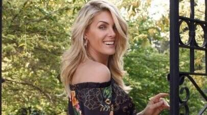 """Ana Hickmann posa de biquíni e internautas apontam uso de photoshop: """"Cadê o umbigo?"""""""