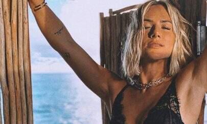 De lingerie transparente, Giovanna Ewbank exibe corpão nas Maldivas