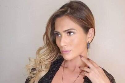 """'Bumbum gigante' de Lívia Andrade impressiona seguidores: """"Que popô é esse!?"""""""
