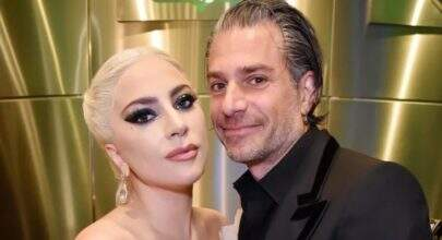 Ex de Lady Gaga, Christian Carino curte foto sexy de ex-mulher de Bradley Cooper
