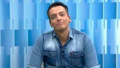 """Leo Dias anuncia afastamento do 'Fofocalizando': """"Verdadeiro demais para o programa"""""""