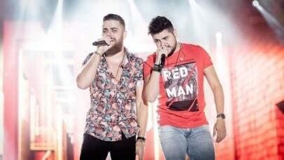 """Sertanejo Zé Neto desabafa sobre rotina de shows e chora: """"Meu filho não quer falar comigo"""""""