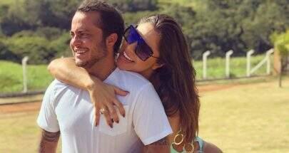 Grávida, Andressa Ferreira publica foto ousada com Thammy Miranda