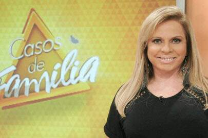 """Após rumores sobre fim do """"Casos de Família"""", Christina Rocha se pronuncia"""