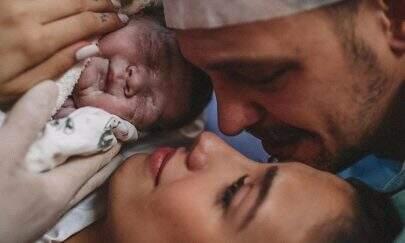 Nasce Davi, primeiro filho de Gabi Brandt e Saulo Poncio