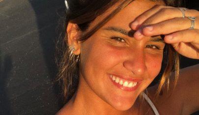 """Giulia Costa posa de biquíni e exibe corpo bronzeado: """"Da cor do pecado"""""""