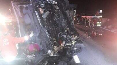 Acidente com van do Sampa Crew deixa um morto e dez feridos