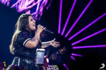 """Entrevista: Yasmin Santos fala sobre novo DVD e parceria com Marília Mendonça: """"Um sonho"""""""