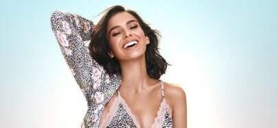 Bruna Marquezine impressiona ao exibir boa forma em dia ensolarado