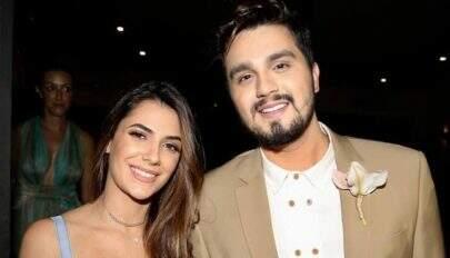 Luan Santana e Jade Magalhães terminam o noivado de 12 anos, diz jornal
