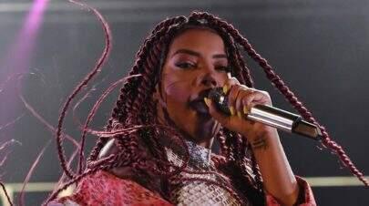 Ludmilla é recebida por fãs em Moçambique