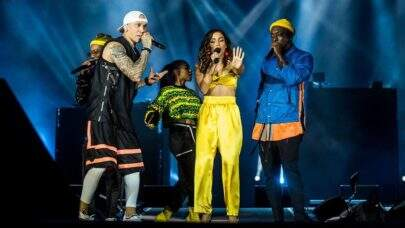 Anitta sobe ao palco com Black Eyed Peas no Rock In Rio