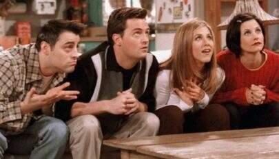 """Jennifer Aniston fala sobre novo projeto de """"Friends"""": """"Estamos trabalhando em algo"""""""
