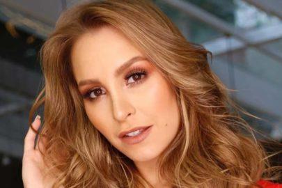 Carla Diaz posta clique sensual de lingerie e rebate seguidor