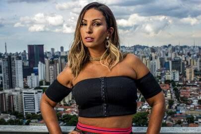 """Valesca Popozuda conta que já foi agredida por companheiro: """"A gente se cala por medo"""""""