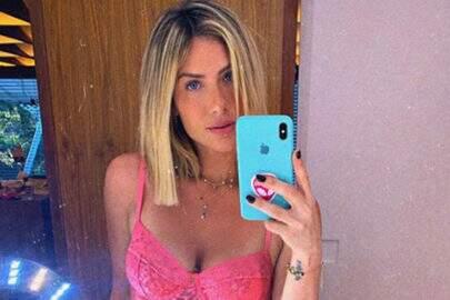 """Giovanna Ewbank posta clique de biquíni e impressiona: """"Tô sem fôlego"""""""