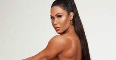 """Gracyanne Barbosa posa completamente nua e fãs vão à loucura: """"Parece uma pintura"""""""