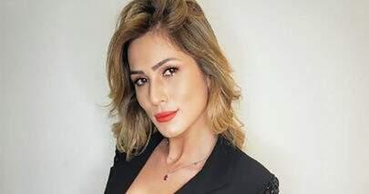 Lívia Andrade encanta seguidores e exibe corpão com decote poderoso