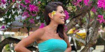"""Adriana Sant'Anna exibe suas curvas de biquíni, em Bali: """"Olha o zoom"""""""