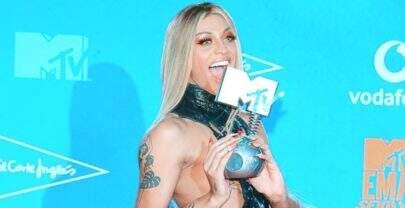 """Pabllo Vittar é eleita """"Melhor Artista Brasileira"""" no MTV EMA 2019"""
